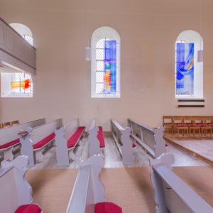 Ev. Kirche Ohlweiler_Komplettgestaltung 2016_ Ausführung Glas, Glasstudios Derix ©Foto Sven Biernath