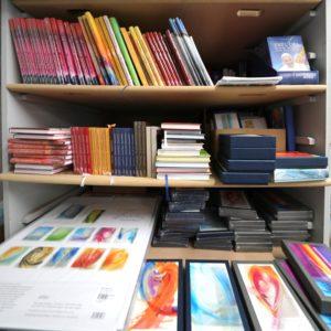 Kalender, Karten, Bücher