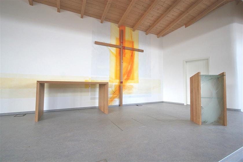 Freie Ev. Gemeinde Babenhausen, Prinzipalstücke, Wandmalerei, Glasgestaltung