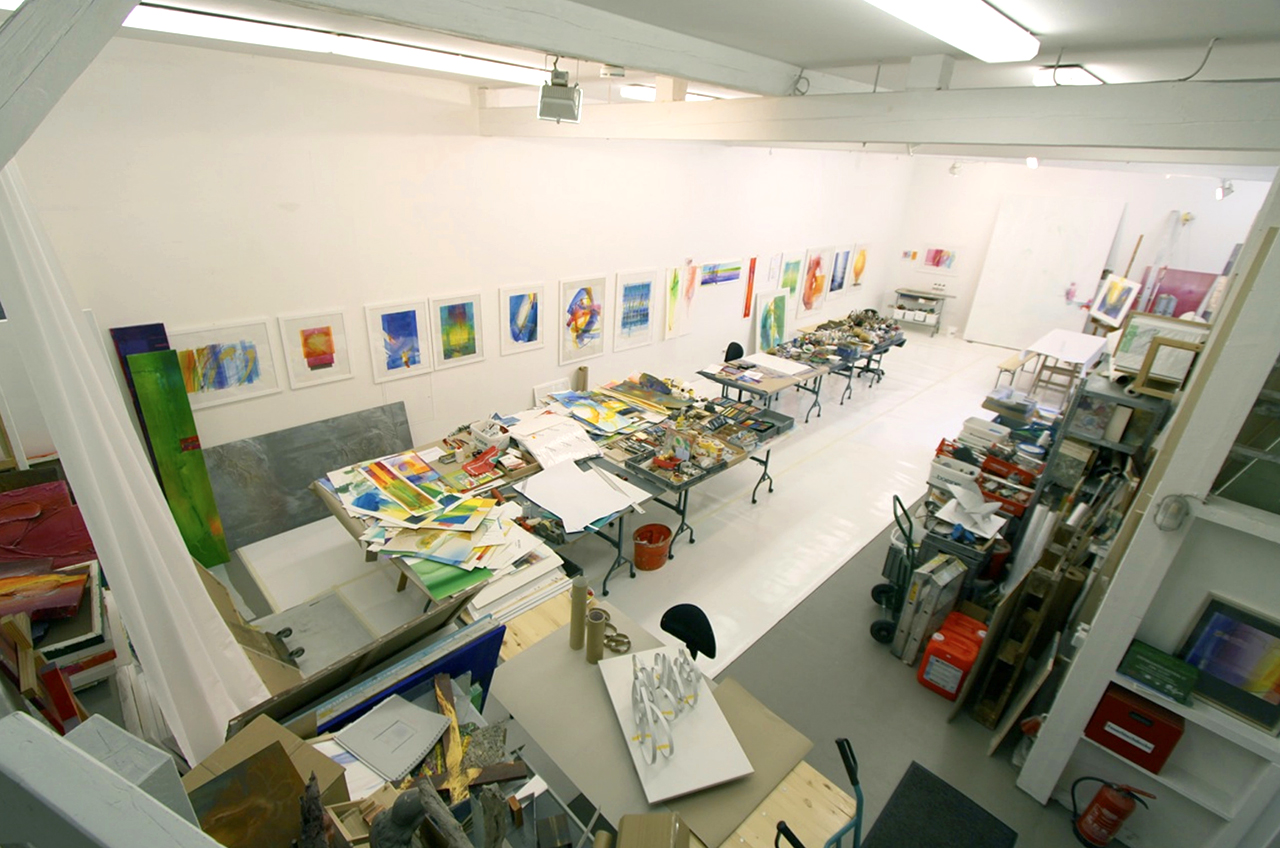 Atelier Probehängung für Ausstellung St. Ottilien 2014