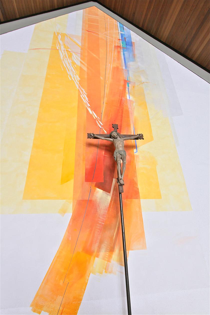 Kath. Kirche Dümpelfeld, Altarwandmalerei, Silikatfarben 2010