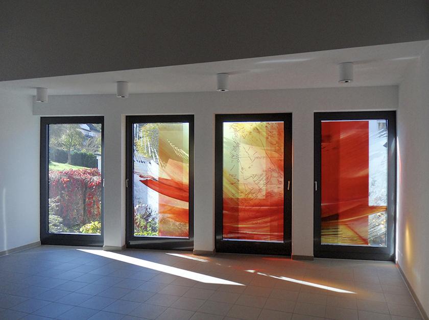 Ortsgemeinde Becherbach, Glasgestaltung