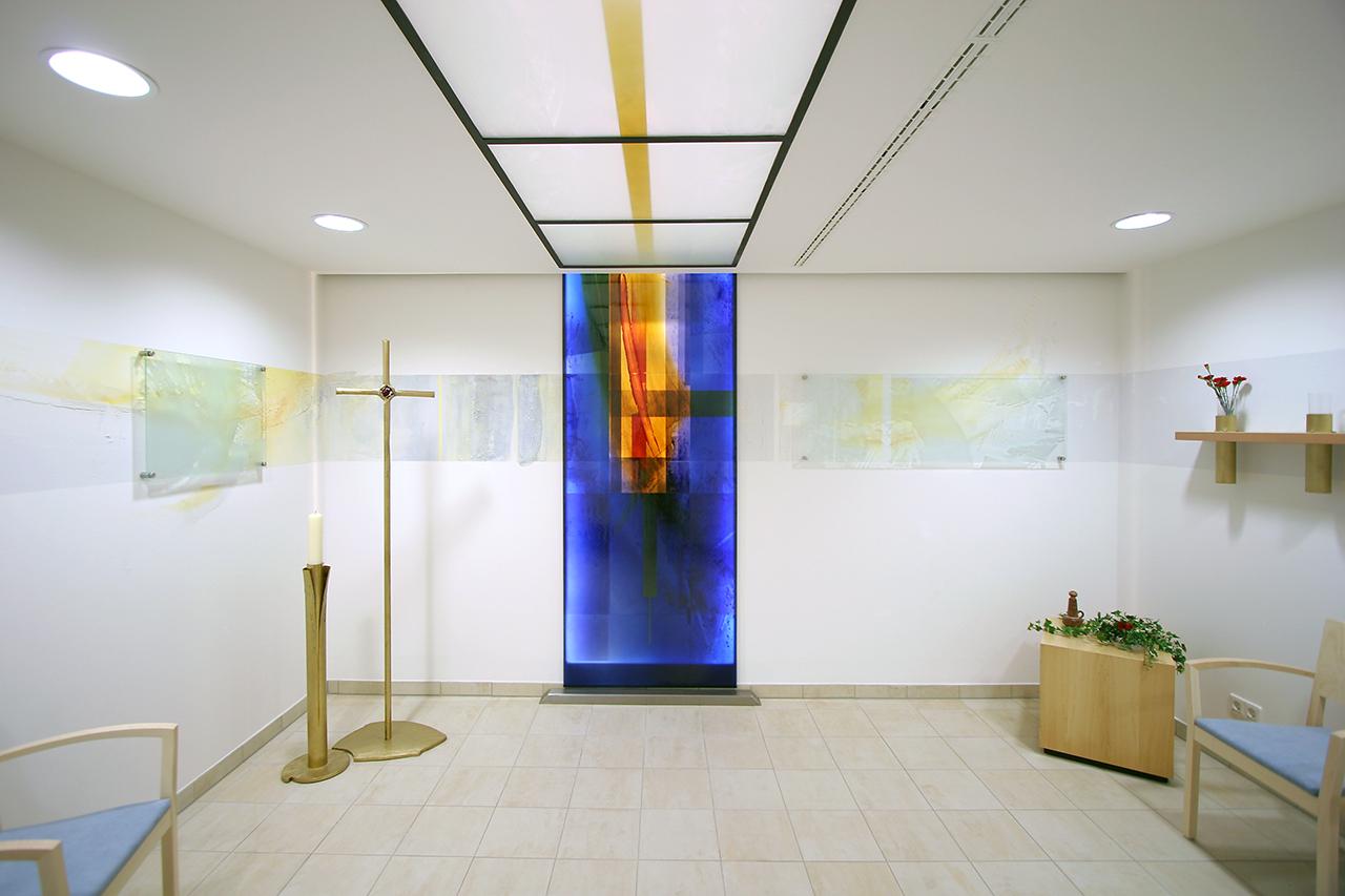 Abschiedsraum Hospital Bingen, Wand- und Glasgestaltung 2005