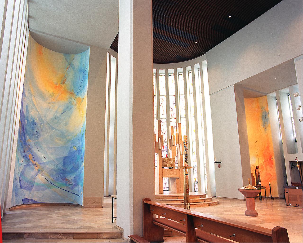 Kath. Kirche Mühlheim Malerei 2 Konchen