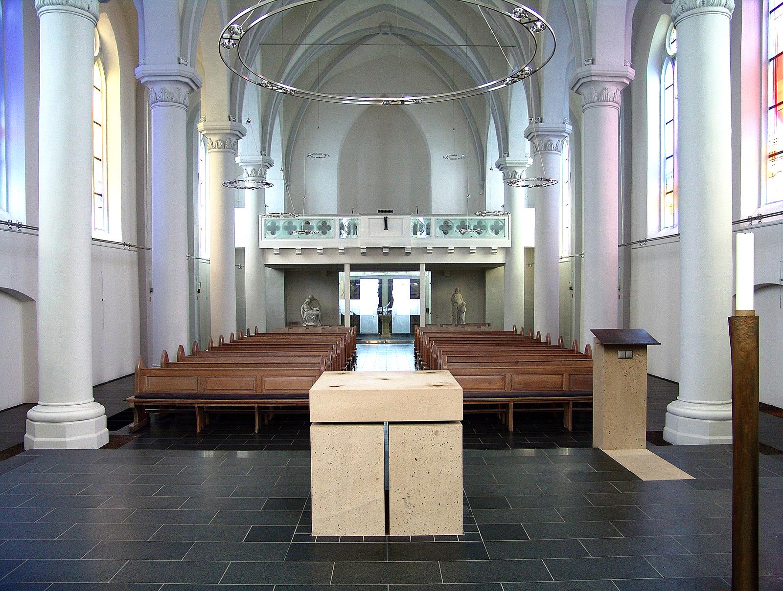 St. Martin Rhaunen Neugestaltung Kirchenraum Rückseite